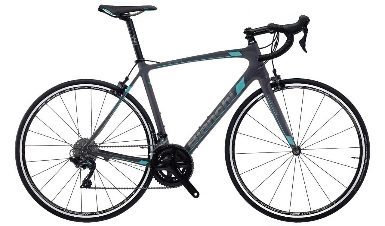 Alquiler-bicicleta-bianchi-carretera